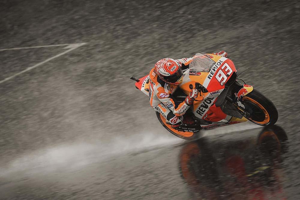 Hujan di Kualifikasi MotoGP Inggris
