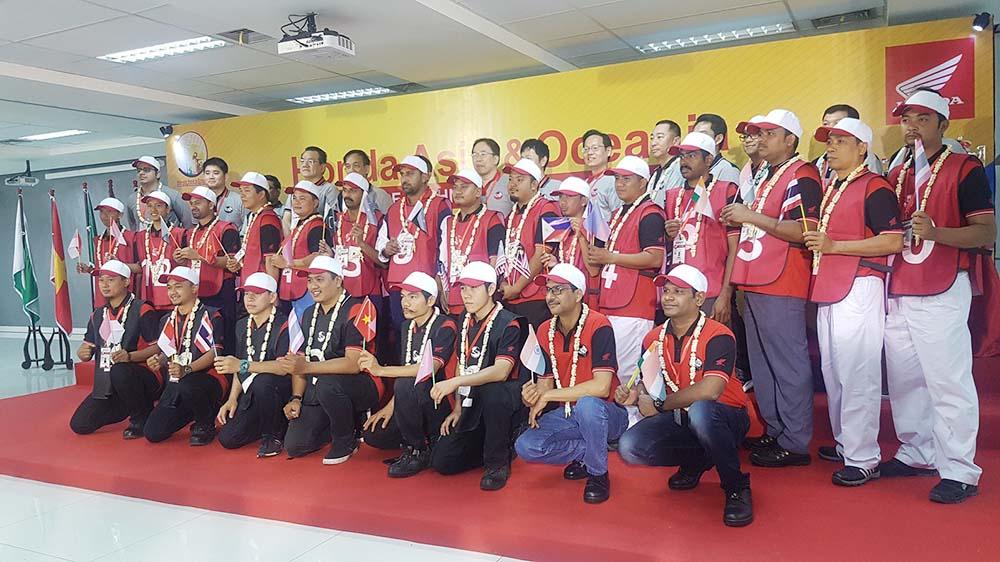 Kontestan Honda Asia-Oceania Motorcycle Technician Skill Contest 2018