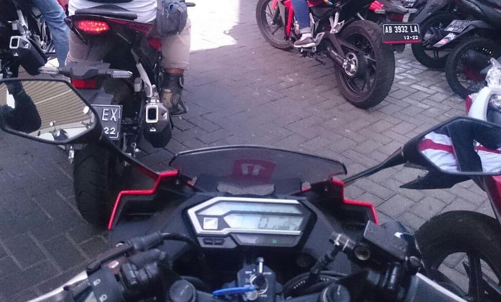 Stang Jepit Honda CBR150R