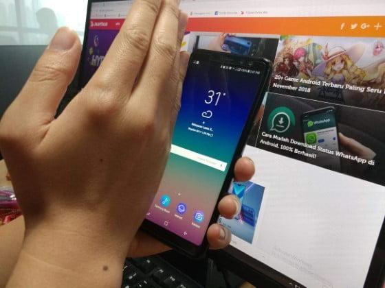 Cara Screenshot Samsung dengan Swiping Layar