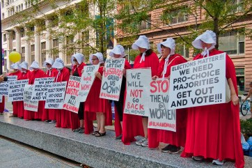 handmaids in DC protesting