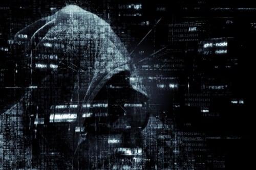 Sicurezza del Telefono Cellulare:: Hacker, Pirata Informatico