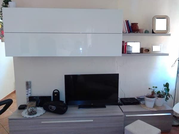 Come decorare le pareti con la carta da parati. Decorare Il Muro Con La Carta Da Parati Autoadesiva Blogs Da Seguire