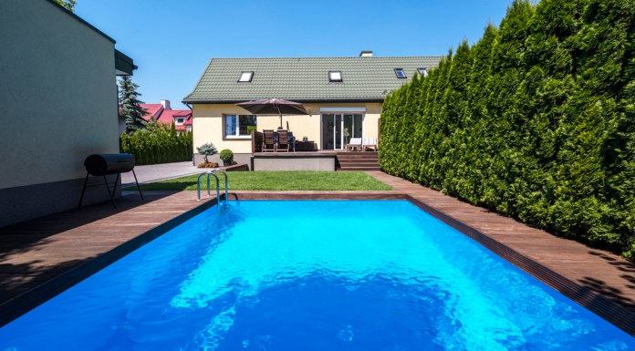 zwembad in de achtertuin