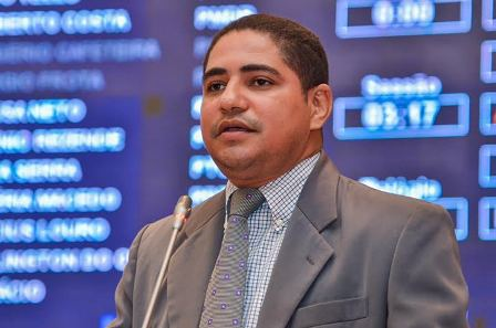 Deputado Zé Inácio faz referencia a vinda de ministros ao Maranhão na gestão Flávio Dino