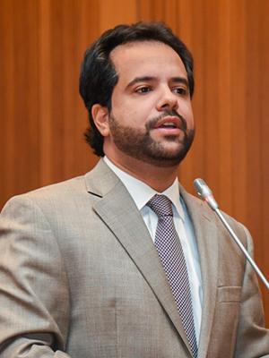 Deputado estadual Edilázio Júnior (PV)
