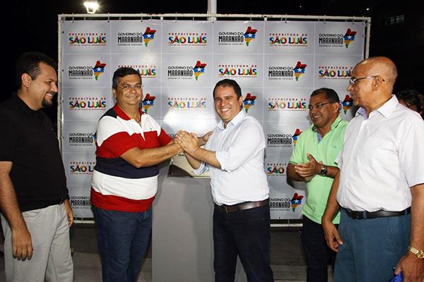 Governador Flávio Dino e prefeito Edivaldo Holanda Júnior entregam nova praça na Lagoa