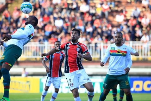 Sampaio perde para o Joinville por 1 a 0, em Santa Catarina e volta à lanterna da Série B