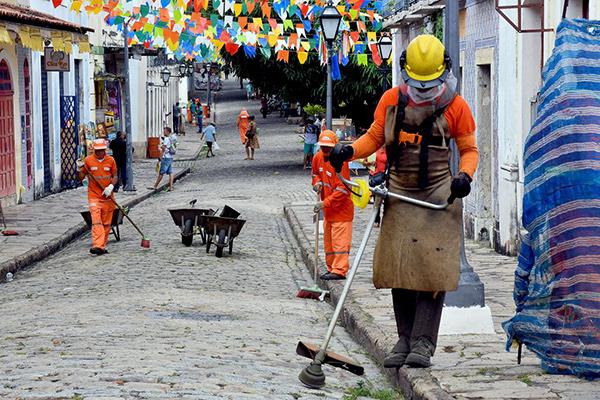 Prefeitura intensifica manutenção em logradouros do Centro Histórico