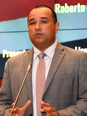 Deputado estadual Roberto COsta (PMDB)