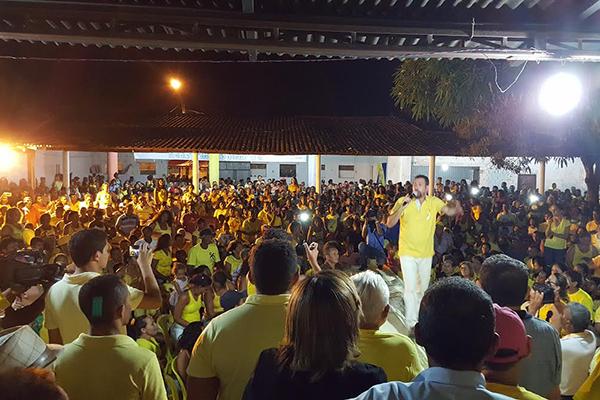 Penalvenses aclamam candidatura de Ronildo Campos a prefeito