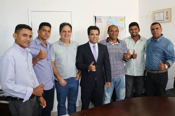 Edilázio articula apoio de candidatos a vereador a Gilberto Aroso em Paço do Lumiar