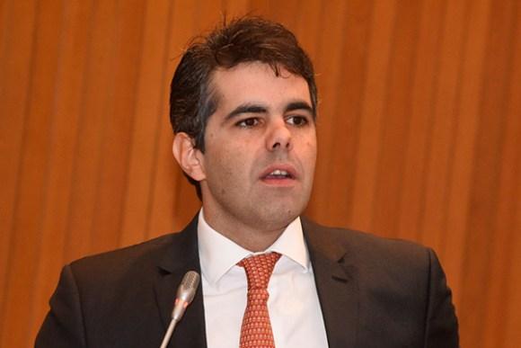 """""""Daqui a dois anos o comunismo no Maranhão chegará ao fim"""", dispara Adriano"""