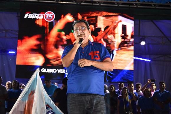 Em Pinheiro, candidato Filuca Mendes encerra campanha com caminhada histórica