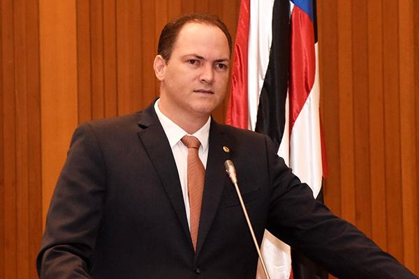 Deputado Sousa Neto é impedido de entrar no CFAP da Polícia Militar