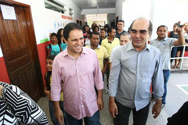 Prefeitura entrega escolas requalificadas nos bairros Centro, Estiva e Santa Bárbara