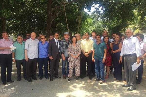 Ex-governadora Roseana Sarney tem encontro com prefeitos eleitos e reeleitos pelo PMDB