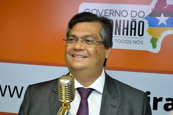 Flávio Dino veta projeto que disciplina a propaganda pública