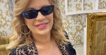 Brutto incidente per Tina Cipollari, benda sull'occhio e corsa in ospedale: ecco cosa è successo