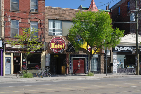 Jun Jun Hotel Toronto