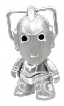 """DOCTOR WHO TITANS: """"ARMY OF GHOSTS"""" CYBERMAN 3-INCH VINYL FIGURE"""