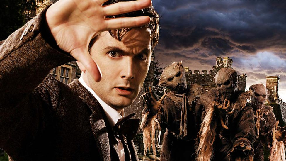 The Doctor (David Tennant) and the Scarecrows - Human Nature - Doctor Who (c) BBC