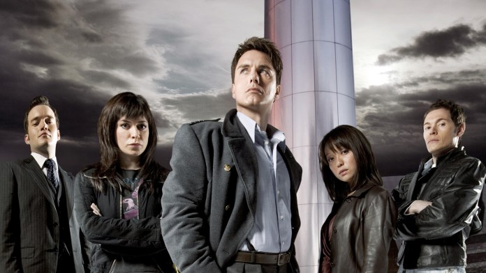 Cast of Torchwood (c) BBC
