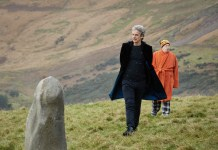 Doctor Who S10 - The Eaters of Light (No. 10) - The Doctor (PETER CAPALDI), Nardole (MATT LUCAS) - (C) BBC/BBC Worldwide - Photographer: Simon Ridgway