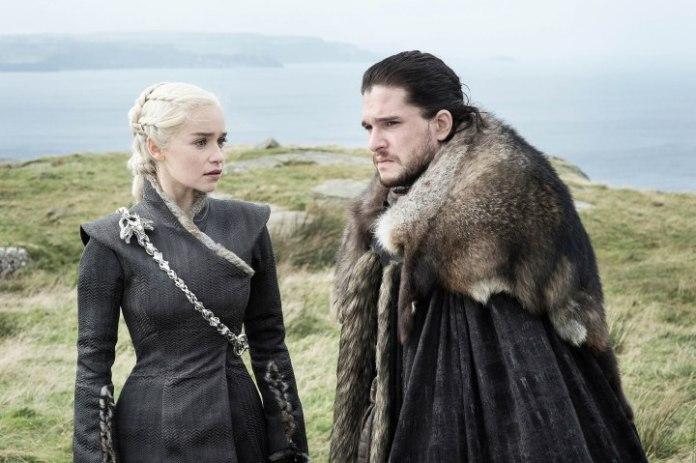 Game of Thrones: Eastwatch - Daenerys Targaryen (Emilia Clarke) and Jon Snow (Kit Harrington) (c) HBO