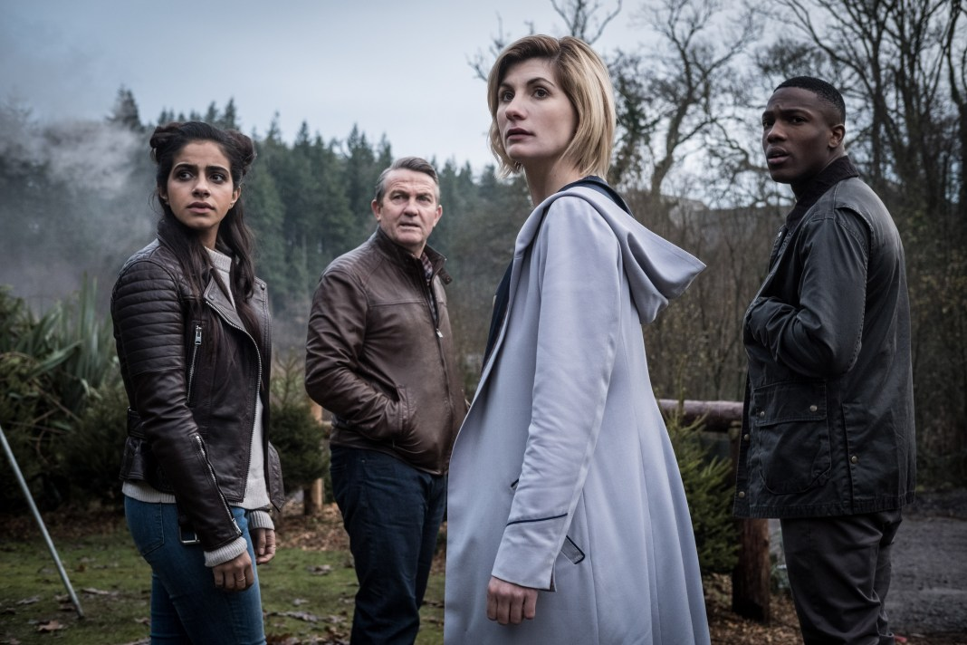 Doctor Who - Series 11 - Yaz (MANDIP GILL), Graham (BRADLEY WALSH), The Doctor (JODIE WHITTAKER), Ryan (TOSIN COLE) - (C) BBC / BBC Studios - Photographer: Giles KyteDoctor Who - Series 11 - Yaz (MANDIP GILL), Graham (BRADLEY WALSH), The Doctor (JODIE WHITTAKER), Ryan (TOSIN COLE) - (C) BBC / BBC Studios - Photographer: Giles Kyte