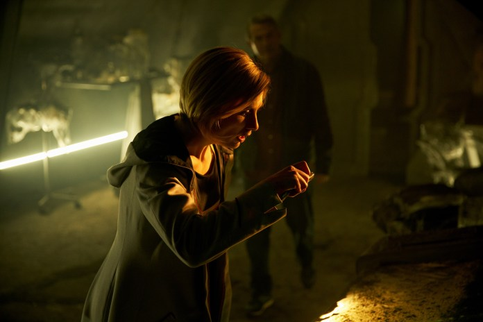Doctor Who - Series 11 -Ep2 - The Ghost Monument - THE DOCTOR (JODIE WHITTAKER) (c) BBC STUDIOS Photographer: Simon Ridgway