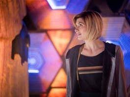 Doctor Who Series 11 - Episode 2 - The Ghost Monument - The Doctor (JODIE WHITTAKER), The TARDIS - (C) BBC / BBC Studios - Photographer: Coco Van Oppens