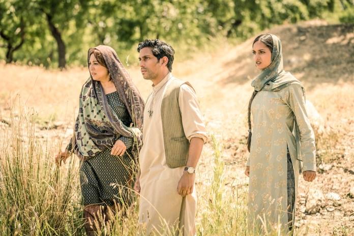 Doctor Who - Series 11 - Episode 6 - Demons of the Punjab - Hasna (SHAHEEN KHAN), Prem (SHANE ZAZA), Umbreen (AMITA SUMAN) - (C) BBC / BBC Studios - Photographer: Ben Blackall