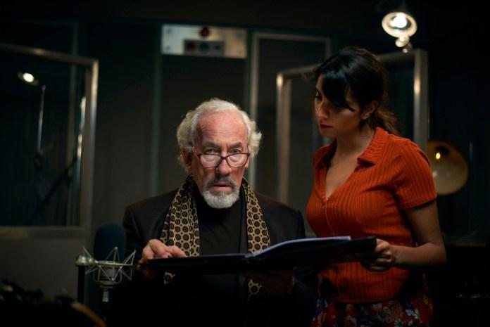 Aubrey (SIMON CALLOW), Tara (ANJII MOHINDRA) in Mark Gatiss' The Dead Room - (C) Adorable Media - Photographer: Steve Schofield