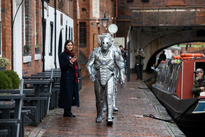 Cybermen arrive in Birmingham to mark the first round of tickets going on sale for the official Doctor Who Live Escape Game – Worlds Collide, opening at Escape Hunt venues across the country from January. PRESS ASSOCIATION Photo. Picture date: Thursday December 6, 2018. Photo credit: Fabio De Paola/PA Wire