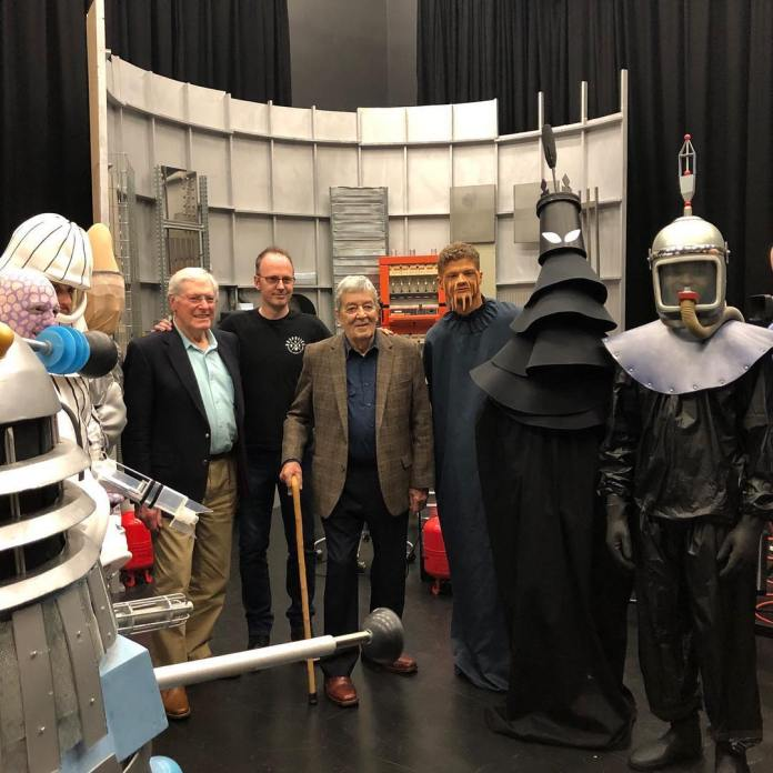 Peter Purves, Edward de Souza and Nicholas Briggs with the cast of UCLan's Mission to the Unknown remake (c) UCLan