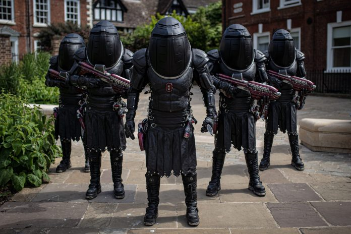 Judoon Captain Pol-Kon-Don and his troopers- (C) BBC - Photographer: James Pardon Doctor Who Series 12 Fugitive of the Judoon