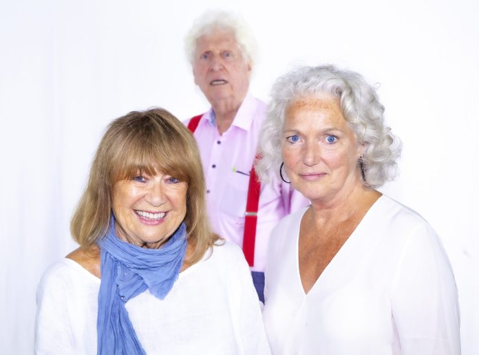 Tom Baker with Louise Jameson and their new companion Nerys Hughes (c) Paul Midcalf Doctor Who Leela Fourth Doctor Big Finish Productions