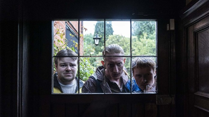 Terry (Andrew Ellis), Gaz (Jake Curran) and Nathan (Ian Kenny) break into the Huggins house (c) Blue Light/Logical Pictures/Wild Bunch The Owners