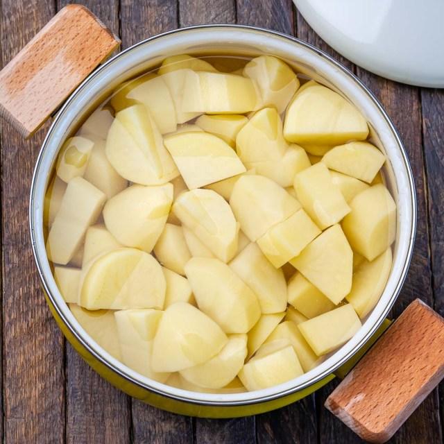 Reteta de Piure de Cartofi Pufos si Cremos 12