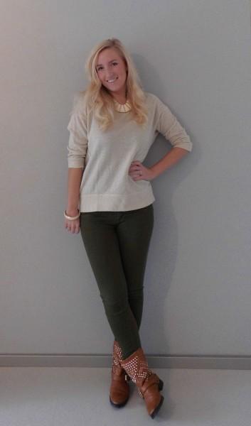 OOTD-glitter-sweater-en-army-groene-broek-met-boots-en-studs-1