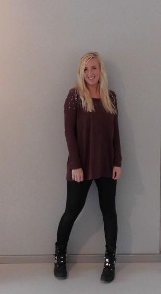 outfit-burgundy-leren-legging-boots-5