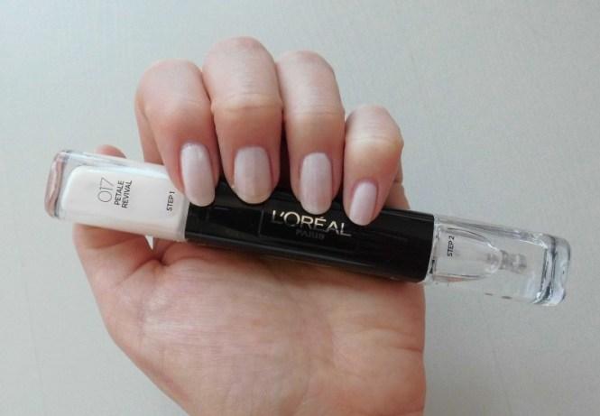 L'Oréal-Infallible-Nail-017-petale-revival-en-016-Forever-Burgundy-5