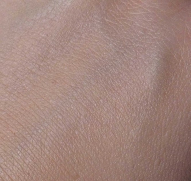Review-Catrice-Photo-Finish-foundation-rosy-beige-7