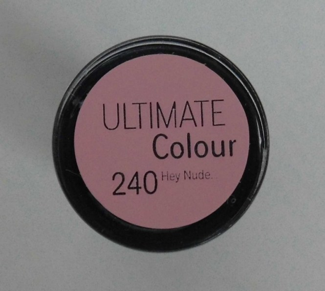 Review-Catrice-Ultimate-colour-lipstick-lippenstift-240-hey-nude-2