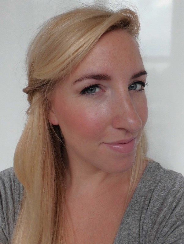 Review-Catrice-Ultimate-colour-lipstick-lippenstift-240-hey-nude-8
