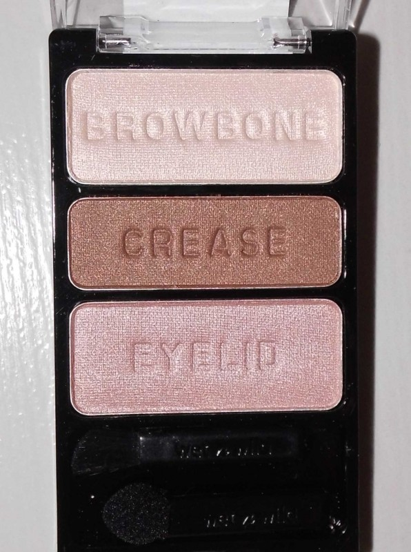 Wet-wild-eyeshadow-palette-380-walking-on-eggshells-review-swatch-look-5