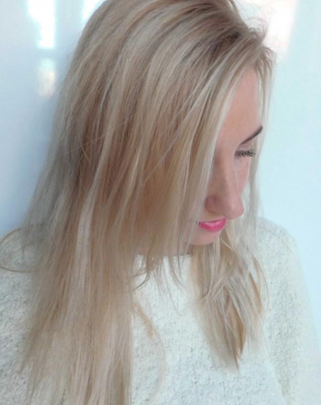 Koele-spoeling-blond-haar-warm-geel-grijs-hair-soft-purple-shampoo-paars-1