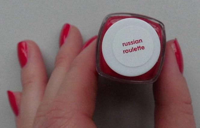 NOTD-Essie-Russian-Roulette-nailpolish-nagellak-perfect-match-MAC-Ruby-Woo-2