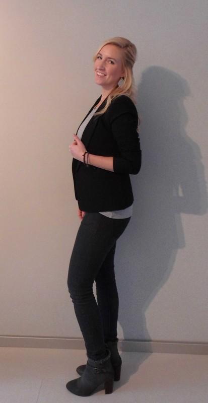 OOTD-outfit-of-the-day-what-i'm-wearing-netjes-casual-grijs-shirt-zwart-colbert-boots-grijze-laarsjes-werk-Hema-Zara-Forever21-en-stradivarius-2